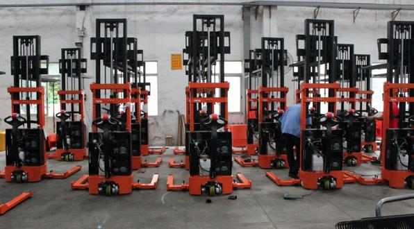 electric stacker assembling line